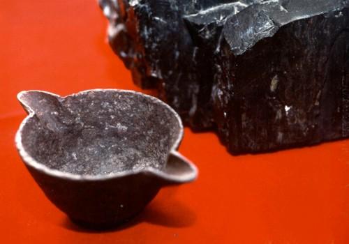 Di alluminio antico di 300 milioni di anni. forse un reperto ufo