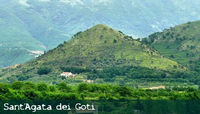 pirámide-sant-agata.jpg
