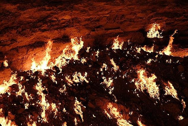 porta-dell-inferno-06.jpg
