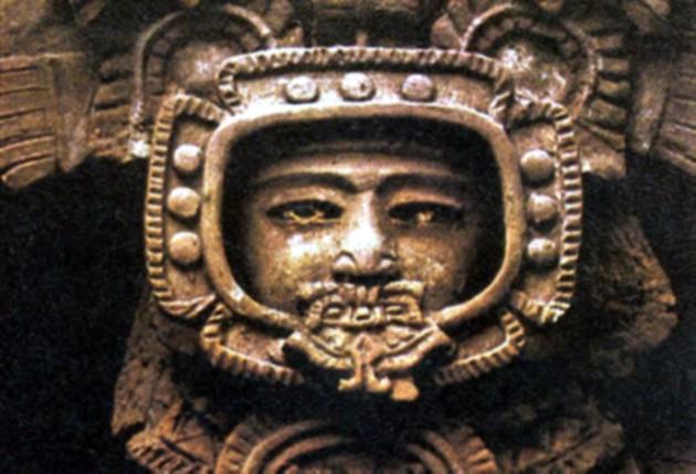 astronauta Maya